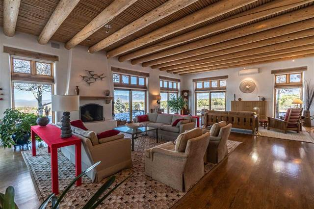 2019 Taos Parade of Homes Home #1